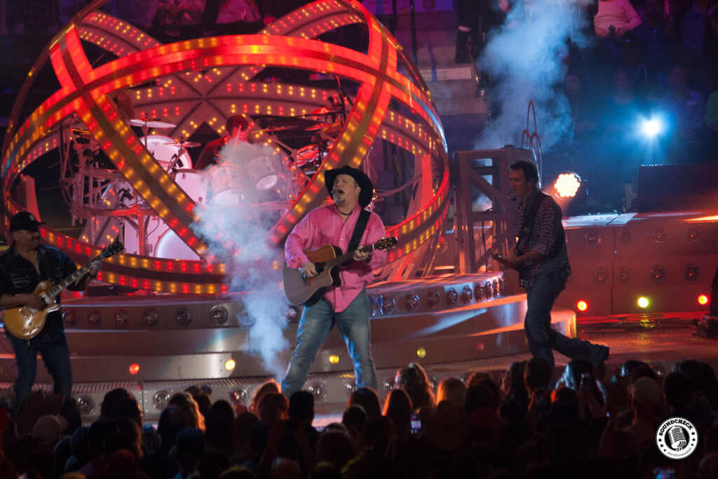 Garth Brooks performs at FirstOntario Center - Photo: Ray Williams