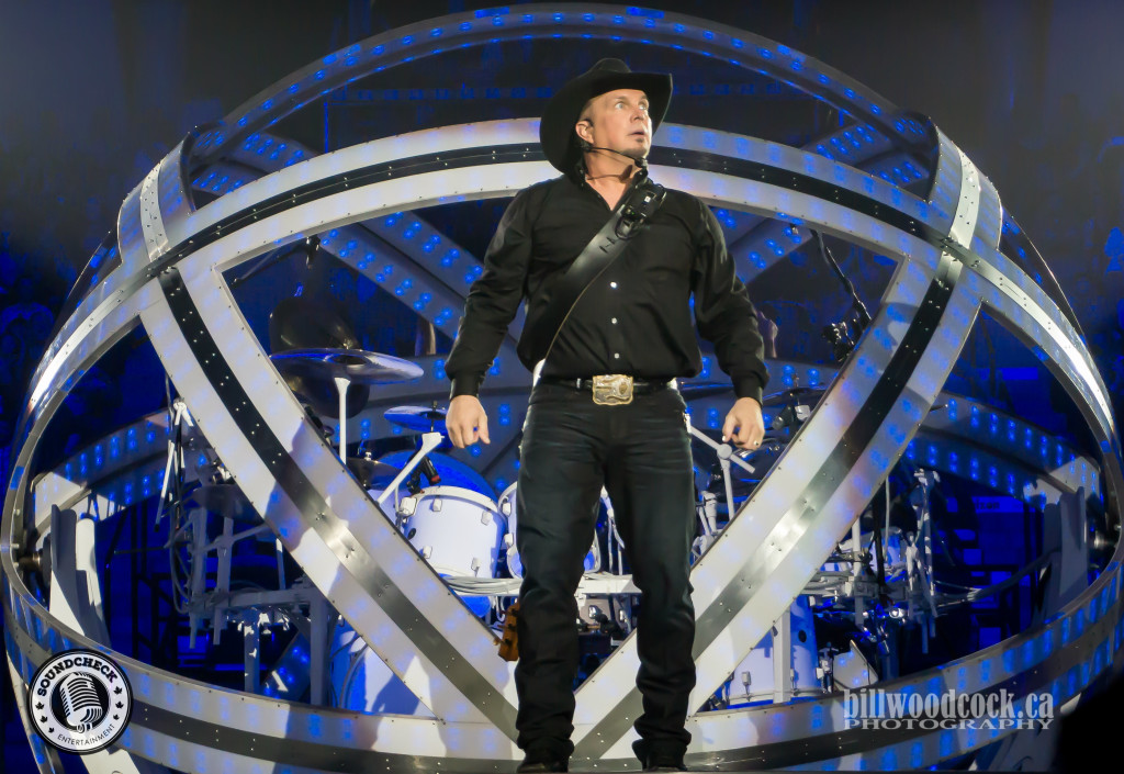 Garth Brooks performs at FirstOntario Center - Photo: Bill Woodcock