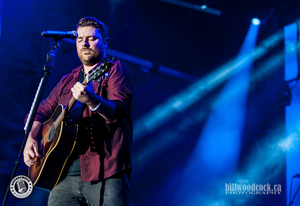 Chris Young performs at Trackside Music Festival in London, ONT - Photo: Bill Woodcock