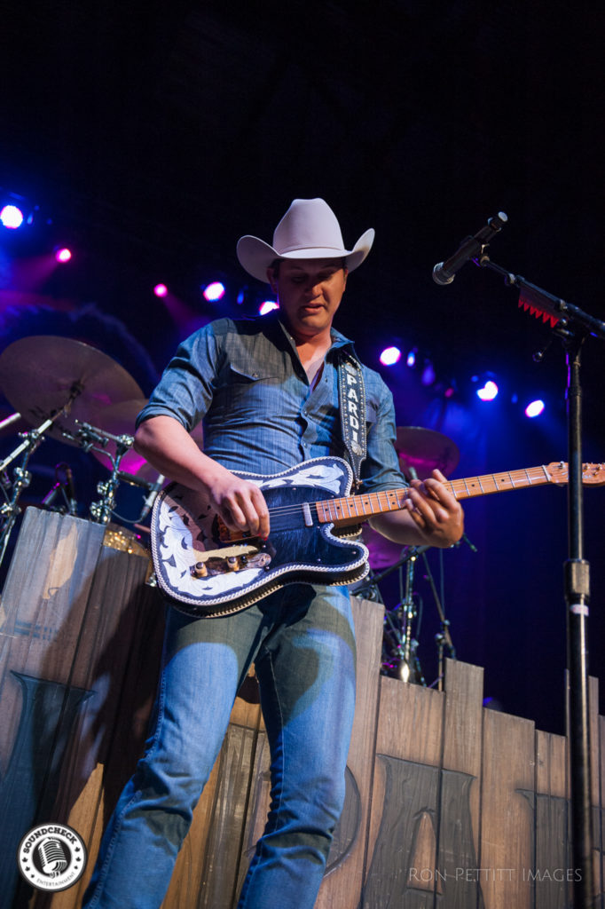 Jon Pardi performs in Kingston, Ontario as part of Kip Moore's Me and My Kind tour October 13, 2016 photo by Ron Pettitt
